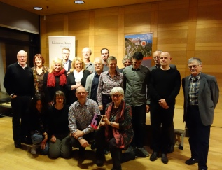 Gruppenfoto: gefühlt 250 Jahre gesammelte Bühnenerfahrung